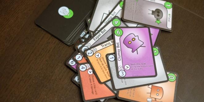 """Stak Bots – """"различна"""" малка игра с """"различен"""" арт."""
