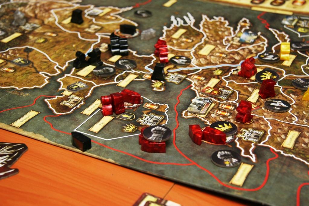 Конфликтни игри