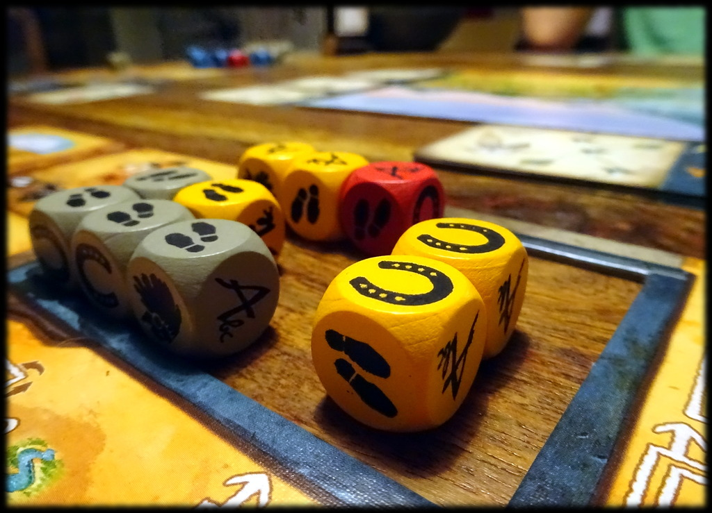 Discoveries – дълбока игра със зарове!