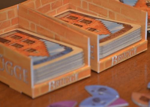Тестетата от които се теглят карти