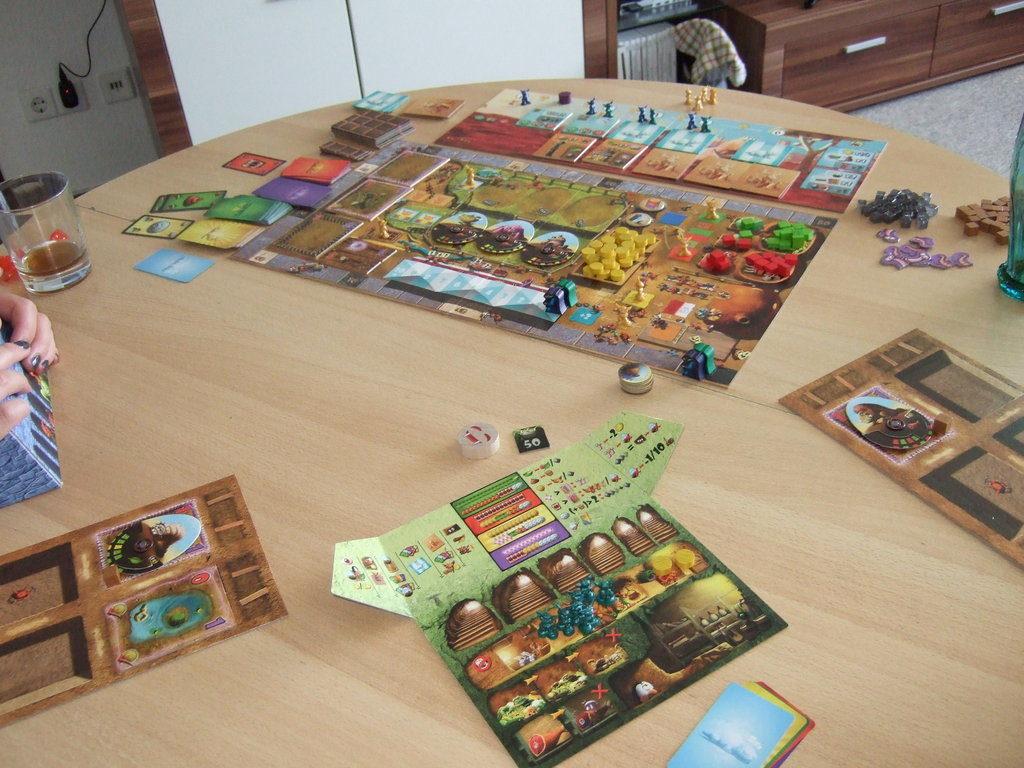 Dungeon Petz - най-добрата необичайна игра