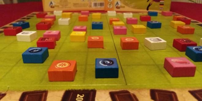 Pinata Party – пъзел игра с подвеждаща лековатост