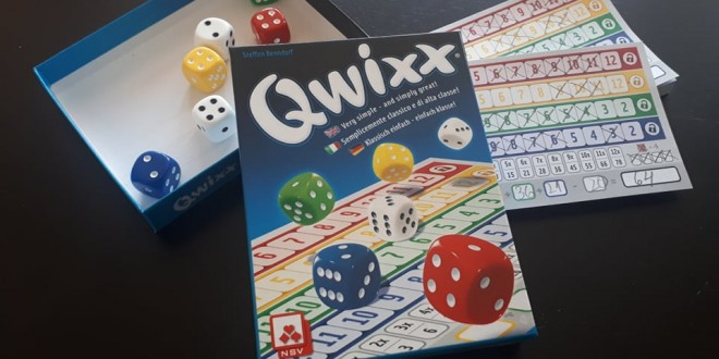 Qwixx – класиката, дефинираща Roll and Write жанра