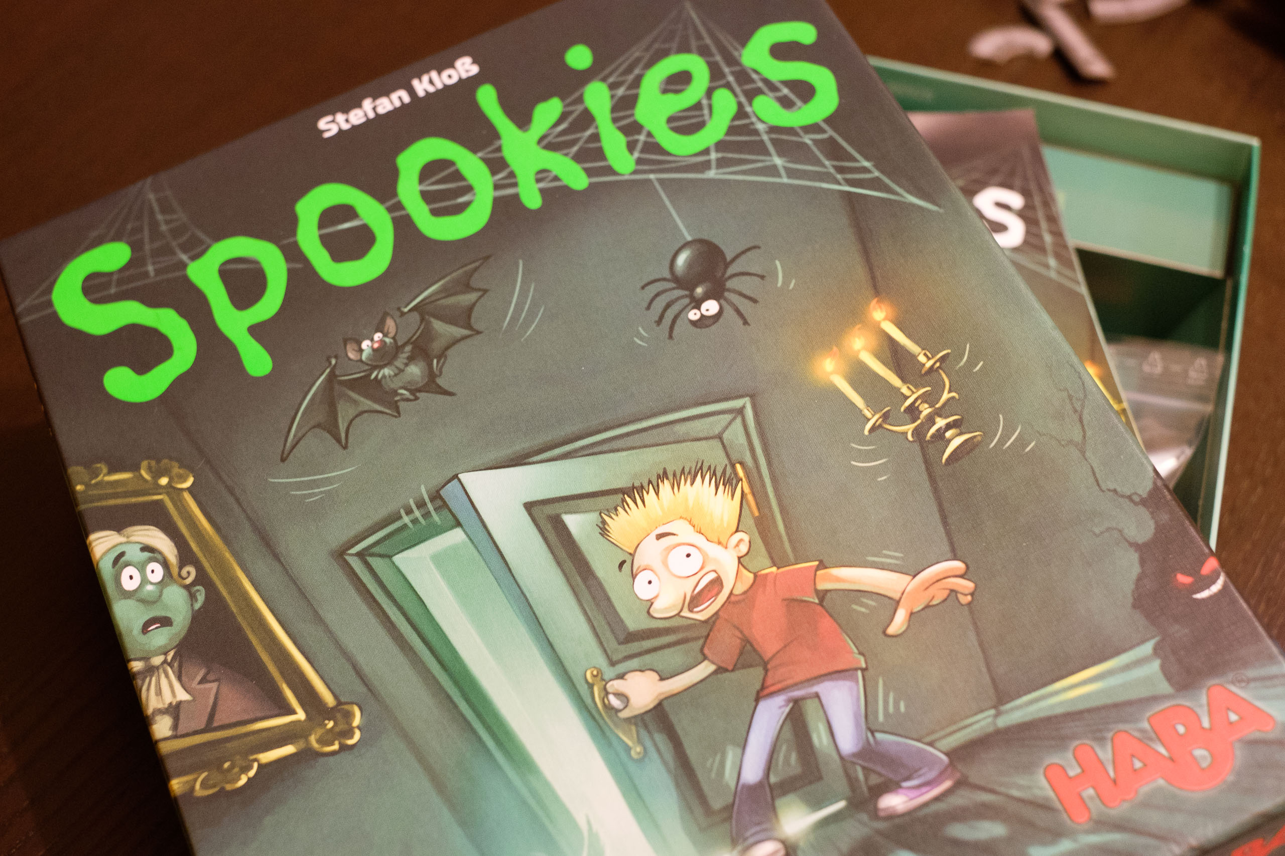"Spookies – призрачен ""пушурлък"" на български!"
